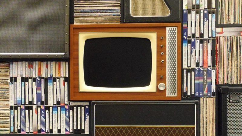 リビングのテレビ